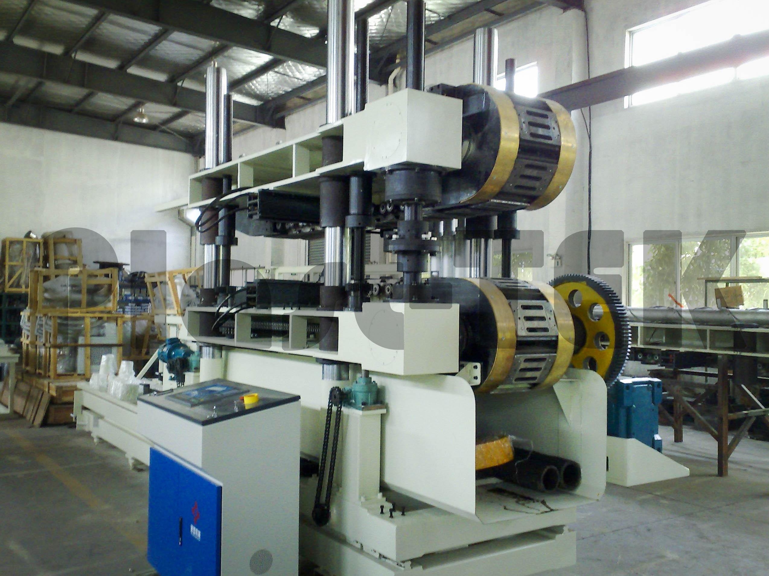 Линии серии FBWG для производства двустенных гофрированных труб из HDPE (2)