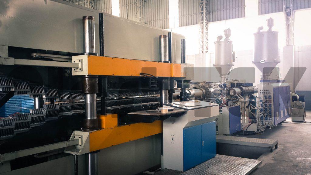 Линии серии FBWG для производства двустенных гофрированных труб из HDPE (3)