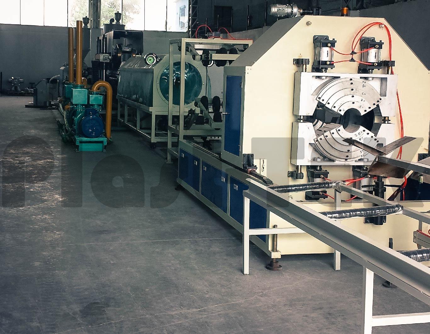 Линии серии FBWG для производства двустенных гофрированных труб из HDPE (4)