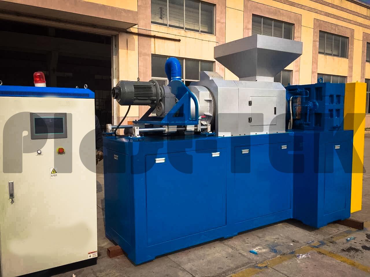 plastkompaktor-plc-6-1