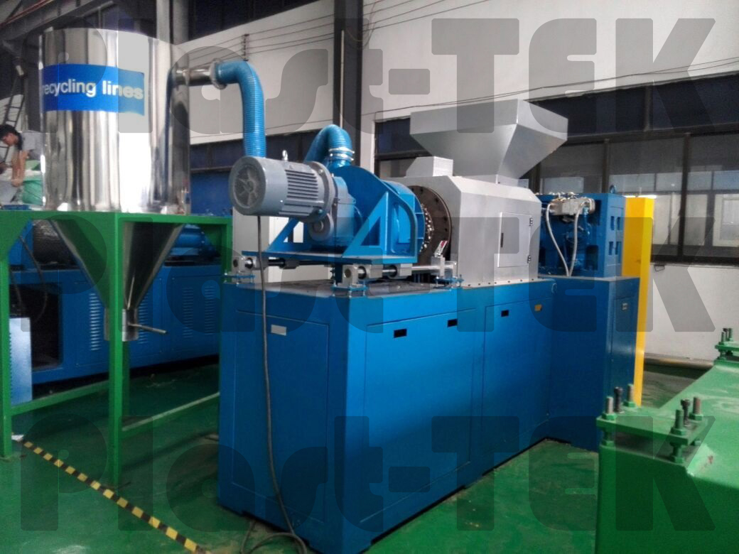 plastkompaktor-plc-8